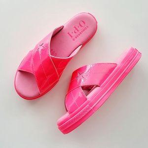 Converse x OPI One Star Slide Hyper Pink
